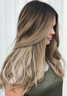 Balayage is a french hair coloring technique which is no. Hair Color Trends Balayage, Hair Color Highlights, Balayage Highlights, Balayage Hair, Hair Trends, Pretty Brown Hair, Greys Anatomy Br, Hair Color Techniques, French Hair