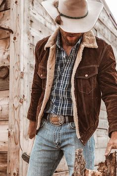 Cowboy Outfit For Men, Cowboy Outfits, Western Outfits, Western Dresses, Country Style Outfits, Country Fashion, Hot Country Men, Country Boys, Mens Clothing Styles