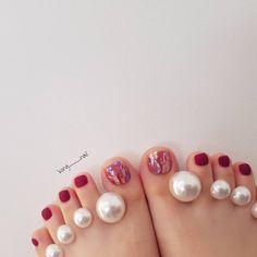 52 ideas manicure pedicure wedding art designs for 2019 Feet Nail Design, Toe Nail Designs, Trendy Nail Art, Stylish Nails, Swag Nails, My Nails, Acrylic Toe Nails, Self Nail, Pedicure Nail Art