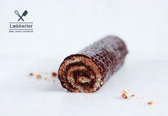 Bûche de Noël | Roulade med chokoladesmørcreme og ganache | Glutenfri opskrift på fransk træstamme | Bobedre.dk