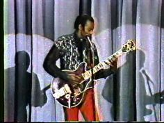 "Chuck Berry - Johnny Carson Show 1989 ""Carol"" & ""Little Queenie"" Chuck Berry Songs, Johnny Carson, Old Music, Rock N Roll, Berries, Amp, Youtube, Movies, Life"