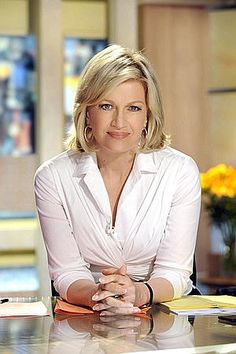 Diane Sawyer says goodbye during last 'Good Morning America' show . Diane Sawyer, Good Morning America Show, Morning Tv Shows, Most Beautiful, Beautiful Women, Aging Gracefully, Women In History, Celebs, Celebrities
