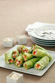 Salatröllchen mit Hähnchenfüllung - perfekter Low-Carb Snack! | Zeit: 30 Min. | http://eatsmarter.de/rezepte/salatroellchen-mit-haehnchenfuellung-0