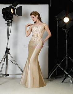 Champagne Mermaid/Trumpet Zipper Up Long/Floor-length Lace Mother Of The Bride Dresses With Flower(s) MD1ACC