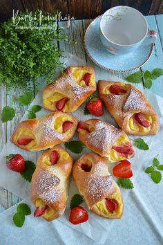 French Toast, Deserts, Barbie, Breakfast, Food, Cakes, Flaky Pastry, Hungarian Recipes, Morning Coffee