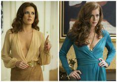 Sin sostén y con alargados escotes V, es el estilo que marca la sofisticación del personaje de Amy Adams.