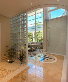 Aproveitando a iluminação natural!  Amei!  Projeto Kilaris @pontodecor  Via @maisdecor_  www.homeidea.com.br  Face: /homeidea  Pinterest: Home Idea #homeidea #arquitetura #ambiente #archdecor #archdesign #projeto #homestyle #home #homedecor #pontodecor #homedesign #photooftheday #interiordesign #interiores #picoftheday #decoration #pedireitoduplo #revestimento  #decoracao #architecture #archdaily #inspiration #project #iluminacaonatural #home #casa #grupodecordigital