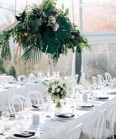 Clean and crisp light filled reception has us. @figtreepictures Flowers - @thefrenchpetal Follow us - @kwhbridal
