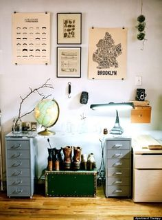 10 Poster Decorating Ideas That Wont Remind You Of A Dorm Room-using binder clips!