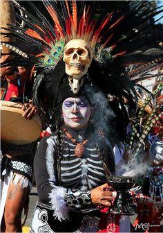 Colorful Dia De Los Muertos Celebrations in L.A.