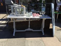 White console table no drawers