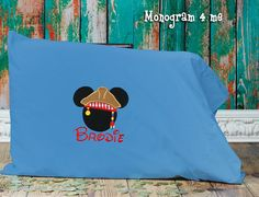 Hey, I found this really awesome Etsy listing at https://www.etsy.com/listing/185095185/mickey-mouse-autograph-pillowcase-pirate
