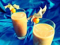 Maca + zoete aardappel smoothie voor hormonale gezondheid -SuperfoodMe (zoete aardappel-mesquite-amandelpasta-kokosolie-maca-kaneel-dadel)