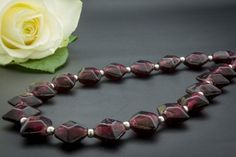 Kaulakoru Star lyhyt. Hinta 39,90€ Teaser, Beaded Bracelets, Jewelry, Jewlery, Jewerly, Pearl Bracelets, Schmuck, Jewels, Jewelery