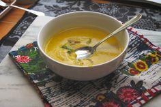 Curried Cauliflower Soup // shutterbean
