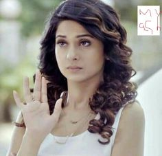 Who loves me? Beautiful Blonde Girl, Beautiful Girl Image, Beautiful Bollywood Actress, Most Beautiful Indian Actress, Angry Girl, Jennifer Winget Beyhadh, Best Wedding Hairstyles, Stylish Girl Pic, Beauty Full Girl