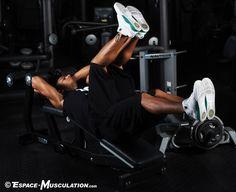 Les crunchs permettent de se muscler les abdominaux et les muscles obliquesgrâce à un mouvement d'enroulement.