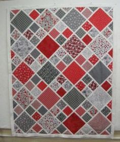 small and large scale lattice quilt