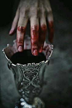 blood, hand, and dark εικόνα