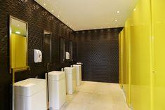 Banheiro Deca por Gabriela Rocha Andrade em Casa Cor São Paulo 2015