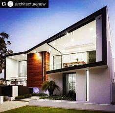 Residence by Perth . Architecture Magazines, Interior Architecture, Facade Design, Exterior Design, Moderne Pools, Villa Plan, Beautiful Architecture, Modern House Design, Home Fashion