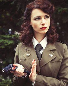Peggy Carter, Agent Carter, Marvel Cosplay, Marvel Universe, Che Guevara, Avengers, Instagram, Tie, Shirt