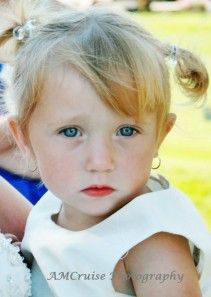 aVote for this little one to become the 2013 Gerber Canada Star and win a $2K RESP in the