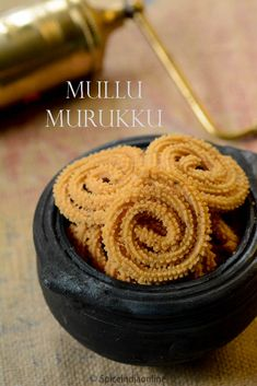 Mullu murukku is always on top of the list during diwali preparations, we make few varieties of these for distribution to family and friends. It is quite simple & versatile to . Milk Recipes, Spicy Recipes, Sweets Recipes, Indian Food Recipes, Cooking Recipes, Brunch Recipes, Diwali Snacks, Diwali Food, Diwali Recipes