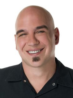 Michael Symon, another one of my favorite chefs Cleveland Food, Cleveland Rocks, Food Tv Network, Food Network Recipes, The Chew Recipes, Chef Recipes, Tv Chefs, Star Chef, Michael Symon