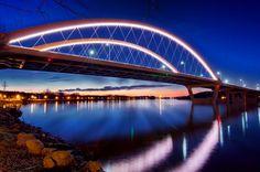 Hastings bridge by Bill Donavon