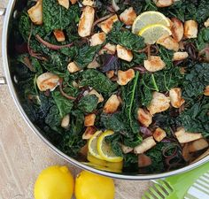 CleanFoodCrush Lemon Pepper Chicken & Kale Stir Fry Recipe http://cleanfoodcrush.com/lemon-chicken-kale-stir-fry/