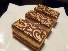 Czech Recipes, Ethnic Recipes, Chocolate Deserts, Thing 1, Halloween Cookies, Sweet Desserts, Tiramisu, Cupcakes, Baking