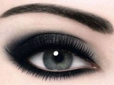 Black Eye Makeup | How to do Black Eye Makeup?