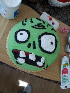 There aren't many games as fun and unique as plants vs zombies which makes it a great theme for a birthday party. If you're looking for Plants vs Zombies party ideas then this is your spot for party supplies and plenty of inspiration. Zombie Birthday Cakes, Zombie Birthday Parties, Zombie Party, Halloween Birthday, 8th Birthday, Birthday Ideas, Birthday Cupcakes, Zombies Vs, Plants Vs Zombies