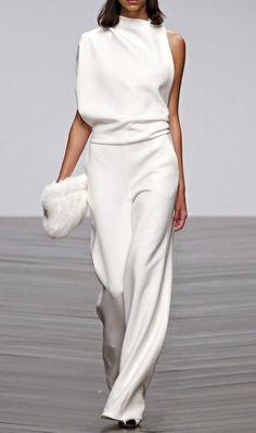 New Clothes - Elegant Jumpsuit White Fashion, Look Fashion, Womens Fashion, Fashion Trends, Fashion Ideas, Fashion Outfits, Fashion Spring, Cheap Fashion, Party Fashion