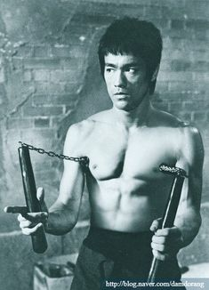 Bruce Lee Pictures, Bruce Lee Martial Arts, Way Of The Dragon, Bruce Lee Quotes, Ju Jitsu, Tai Chi, Kung Fu, Karate, Boxing