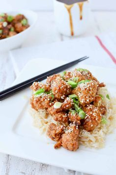 Healthier Chinese Food! General Tso's Cauliflower, a vegan, gluten free and low fat alternative to take out. | www.delishknowledge.com