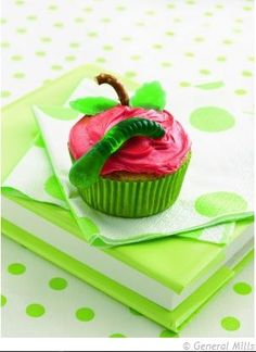 #apple #cupcakes  #Cute &# Easy #Cupcake #Decorating Ideas For #Kids