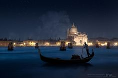 Chrismas night in Venice by Daniel Metz on 500px