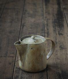 Teapot by Norikazu Oe from Analogue Life