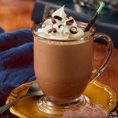 Swiss Miss Hot Cocoa Mix Milk Chocolate - Chocolate Flavors, Chocolate Recipes, Hot Chocolate, Chocolate Syrup, Kahula Cake, Swiss Miss, Bowl Cake, Pecan Nuts, Hot Cocoa Mixes