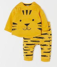 Shirt and Pants - Yellow/tiger - Kids Toddler Outfits, Baby Boy Outfits, Kids Outfits, Baby Boys, Toddler Boys, H&m Kids, Children, Baby Boy Fashion, Kids Fashion
