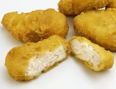 Use this recipe to make gluten and dairy free chicken nuggets that look like you went through a fast food drive through. Empanada, Breaded Chicken, Mcdonalds Chicken, Prep & Cook, Fast Food Places, Lactose Free Diet, Chicken Nuggets, Healthy Snacks For Kids, Gastronomia