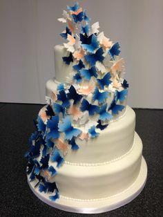 Fullonwedding - Wedding Food - 10 Beautiful Designs of Wedding Cakes - Wedding Cakes Butterfly Wedding Cake, Butterfly Cakes, Wedding Cake Designs, Wedding Cakes, Types Of Cakes, Rustic Wedding, Hand Painted, Floral, Desserts