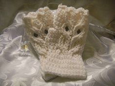 Owl fingerless gloves by TheRusticBumblebee on Etsy