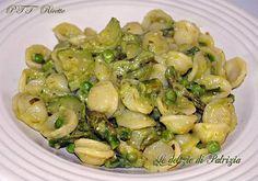 Orecchiette con crema di zucchine, asparagi e piselli