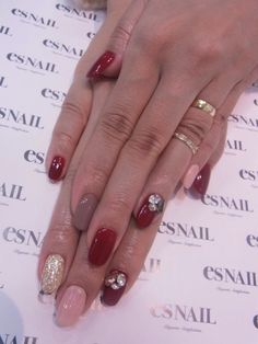 Winter red nail