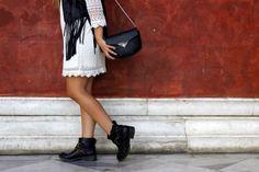 Saddle Bags, Chloe, Black And White, Life, Fashion, Moda, Black N White, Fashion Styles, Black White