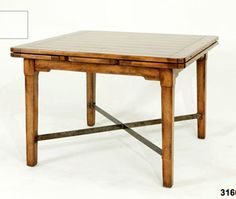 Style of dining table, no stretchers
