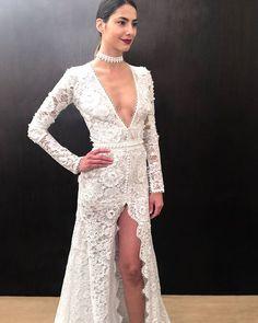 Classy Costarellos bride. #costarellos #costarellosbride #weddingdress #fall2017 #bride #fav #nybridalfashionweek #novia #throwback #lace